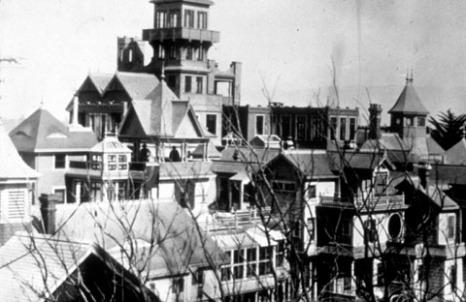 La mansión de la señora Winchester Exteriortower