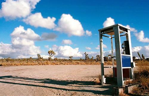 cabina telefónica Mojave phone booth