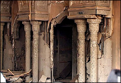 the_believers_palace_200512070948512651_afp