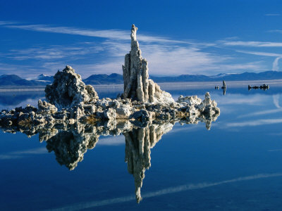bn14848_11-fbtufa-formations-in-mono-lake-tufa-state-reserve-mono-lake-california-usa-posters