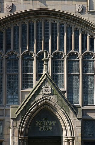 Manchester_Museum_by_Nick_Higham