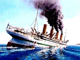 britannic_sinking_color