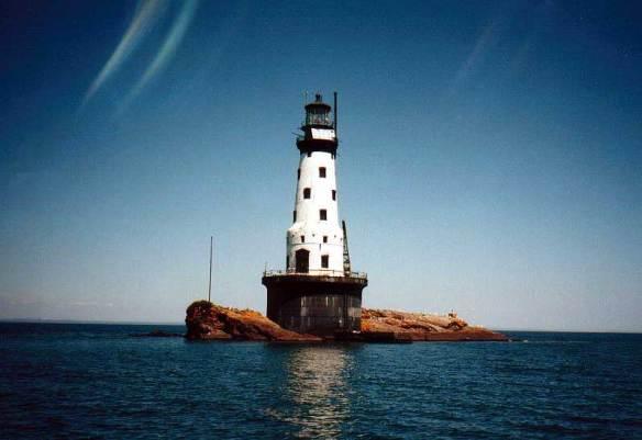 rockofageslighthouse-IsleRoyale-rf-pg
